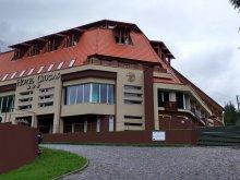 Hotel Gyilkostó (Lacu Roșu), Csukás Hotel
