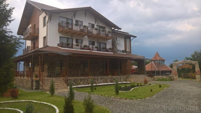 Luanna Guesthouse Drăguș