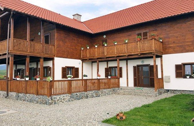 Laleaua Pestriță Panzió Óvárhely