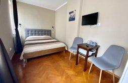 Accommodation near Black Church, Johann Gott Apartment