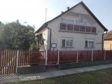 Vendégház Tiszaroff, A Faragó Ház