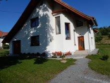 Vendégház Apanagyfalu (Nușeni), Toth Vendégház
