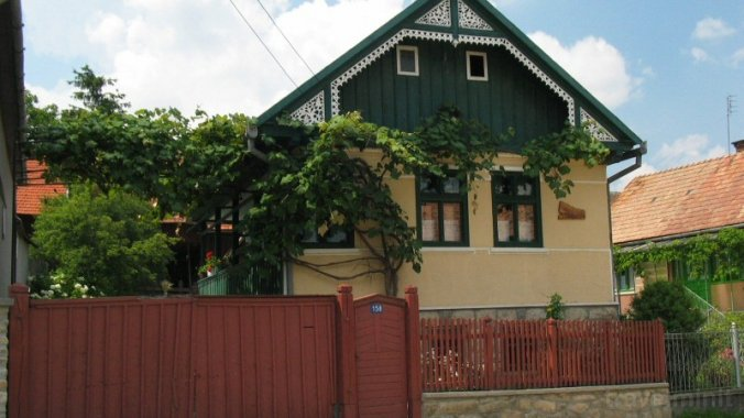 Hármas-Kőszikla Guesthouse Sâncraiu
