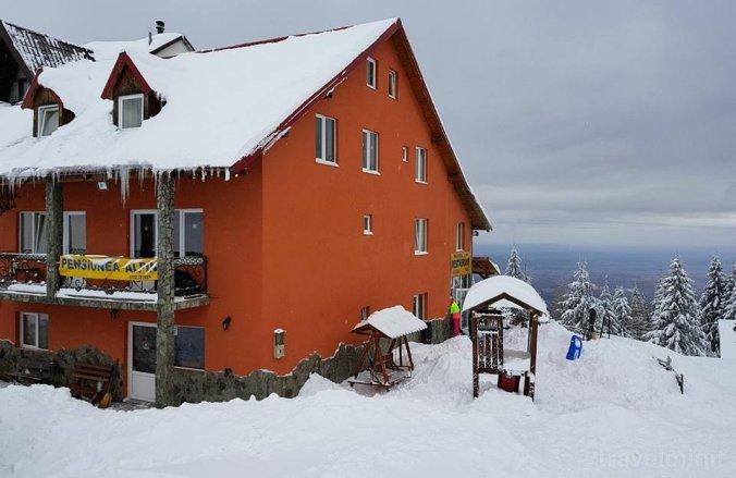 Pensiunea Alpin Borlova