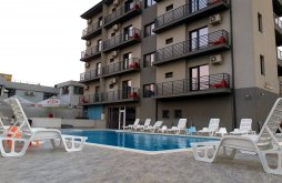 Villa Caugagia, Kharisma Villa