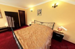 Accommodation Pătroaia-Vale, La Storia B&B