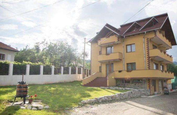 Annalisa Guesthouse Corbeni