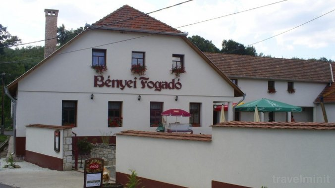 Bényei Guesthouse and Restaurant Erdőbénye