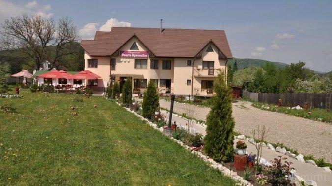 Poarta Apusenilor Guesthouse Moldovenești