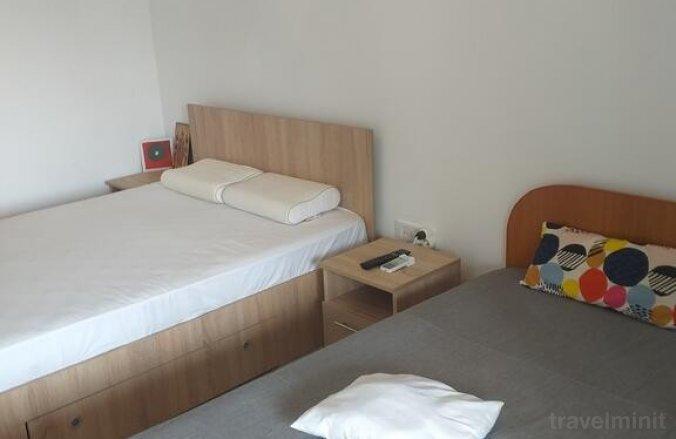 Apartament Ari Saturn