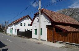Accommodation near Székelykő, Panoráma Pension