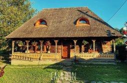 Cazare județul Maramureş, Casa din Susani