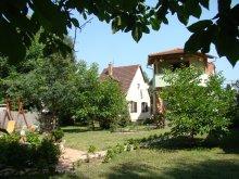 Cazare Rádfalva, Casa de oaspeți Krémerház