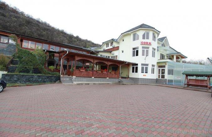 Cora Hostel Hațeg