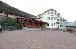 Hostel Pietroasa, Hostel Cora