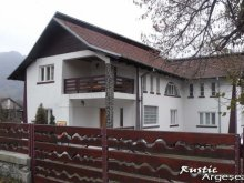 Szállás Câmpulung, Rustic Argeșean Panzió