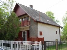 Casă de vacanță Csányoszró, Casă-Apartament Szabó Sándorné