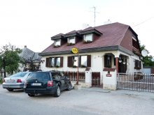 Cazare județul Győr-Moson-Sopron, Pensiunea Família