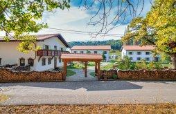 Hotel Poiana Mărului, Wolkendorf Bio Hotel & Spa