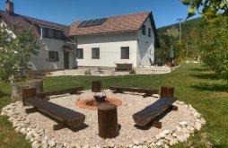 Casă de vacanță Brădetu, Casa Bogdan