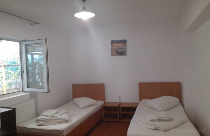 Central Hostel Otopeni