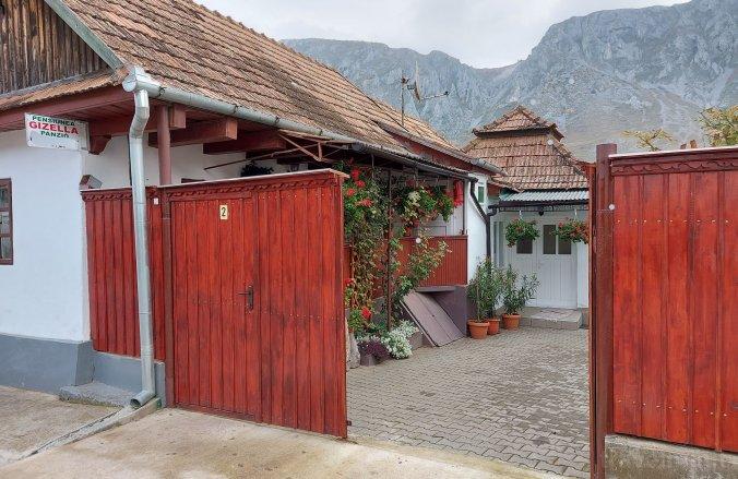 Gizella Guesthouse Rimetea