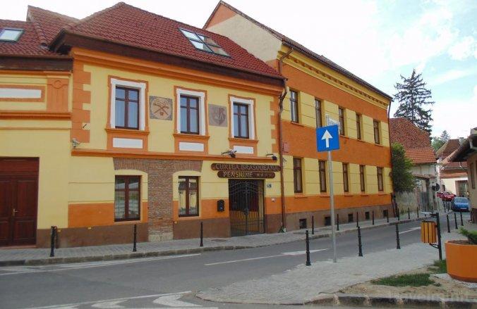 Curtea Brasoveana Guesthouse Brașov