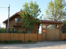 Chalet Gheorgheni, Borostyán Guesthouse