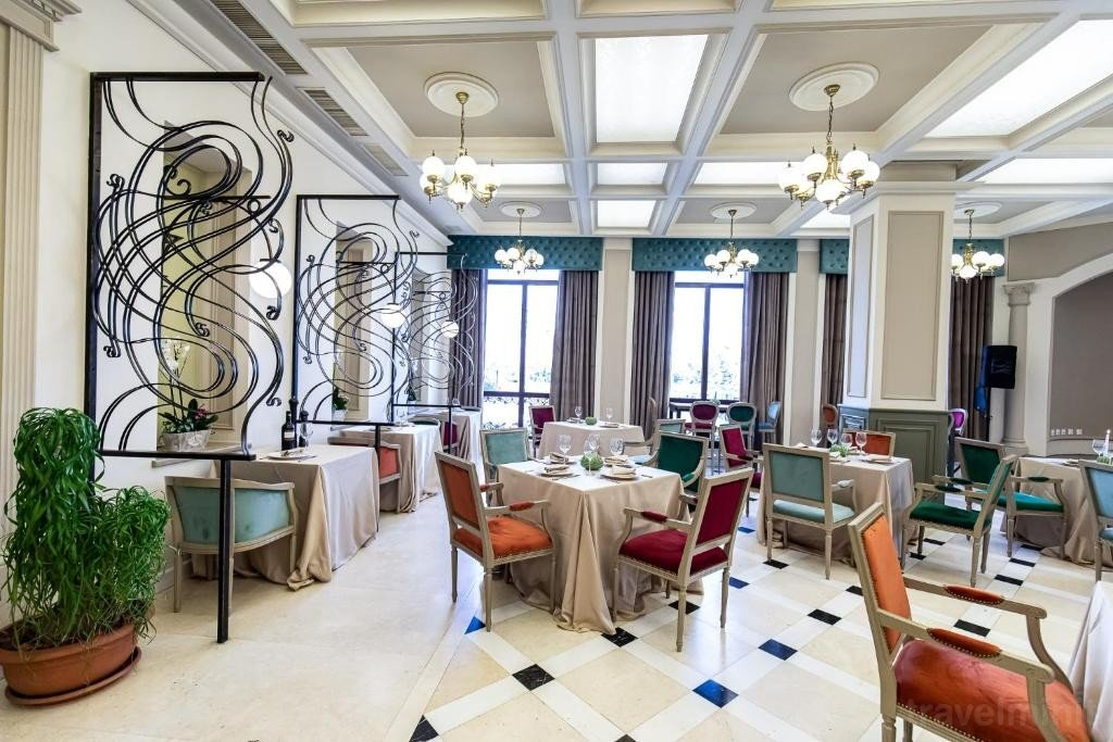 Grand Hotel Traian Iași 40364431800 Travelminit Com
