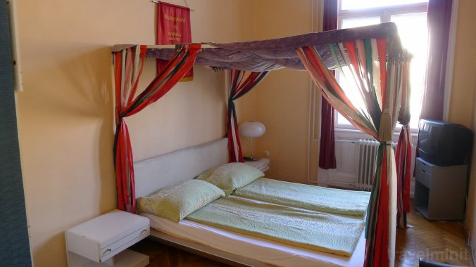 Locomotive Light Hostel Budapest