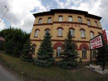 Accommodation Pilis, Hotel Omnibusz