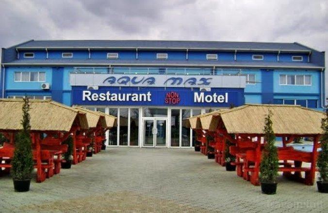 Aqua Max Motel Bodzavásár