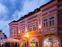 Accommodation Töltéstava, Barokk Hotel Promenad