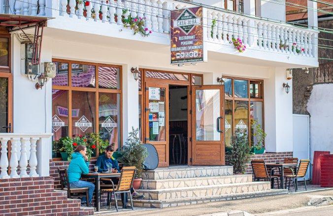 Albă B&B and Restaurant Baia de Aramă