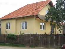 Casă de oaspeți Bubești, Casa Anikó