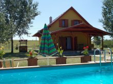 Vacation home Tiszapüspöki, Ziza Vacation house