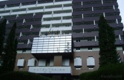 Hotel Tuțulești, Hotel Traian