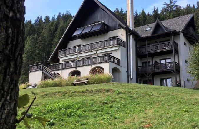 Lodge Hotel Vama