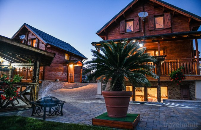 Panoramic VIP Chalet Băile Figa Complex