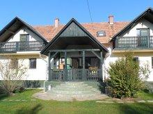 Bed & breakfast Tiszanána, Bekölce Guesthouse & Camping