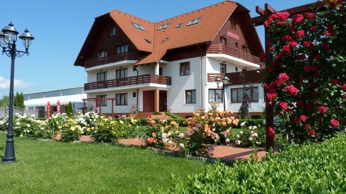 Garden Club Hotel Brașov