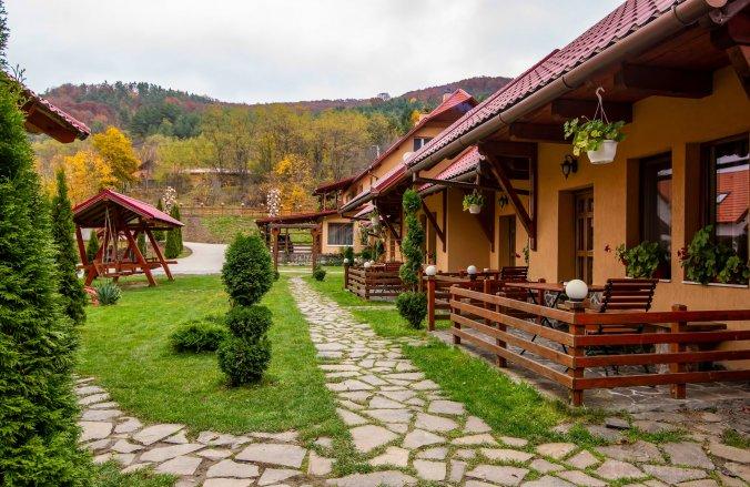 Patakmenti Guesthouse and Villa (SPA) Corund