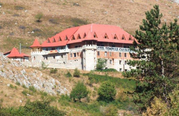 Castel Templul Cavalerilor Panzió Torockógyertyános