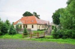 Hostel Comandău, Casa Fodor