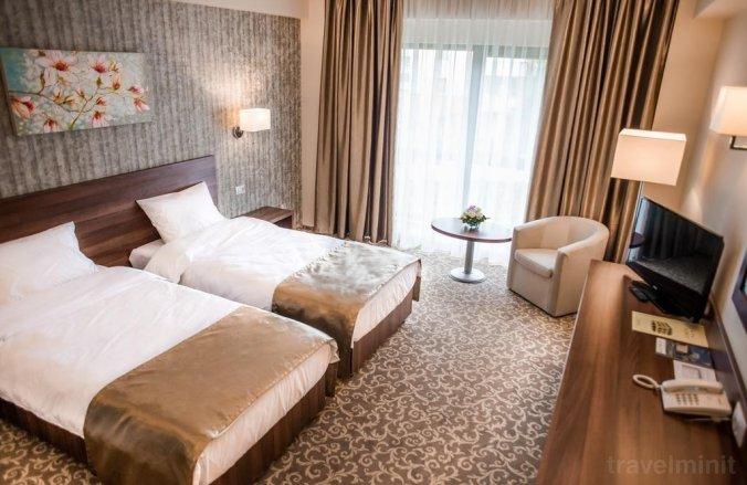 Arnia Hotel Jászvásár