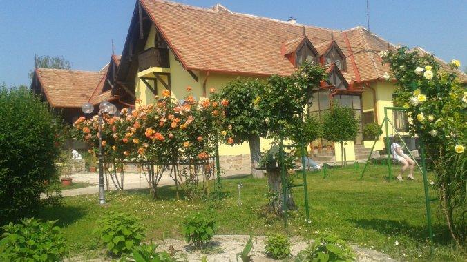 Casa de oaspeți Vakáció Révfülöp