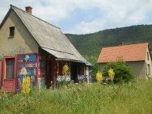 Casă de oaspeți Lúzsok, Casa de turiști Könyves