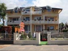 Accommodation Nagyvázsony, Apartman Bella Hotel