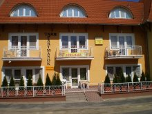 Accommodation Hungary, Tarr Apartments