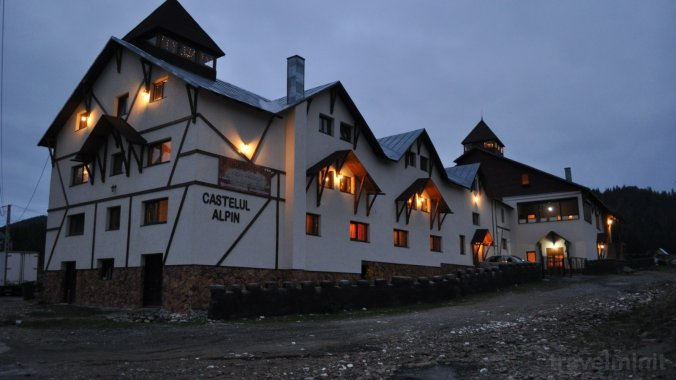Castelul Alpin Panzió Vârtop